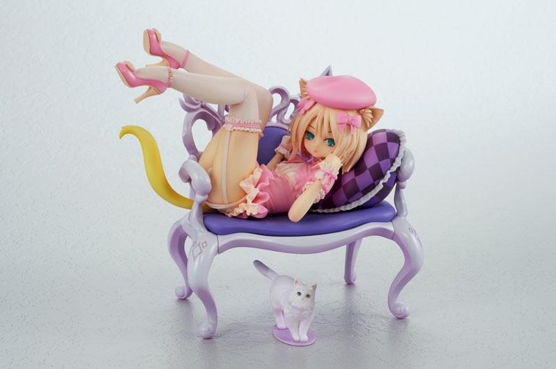 猫の惑星『ふんわり猫と椅子』1/8 完成品フィギュア-001
