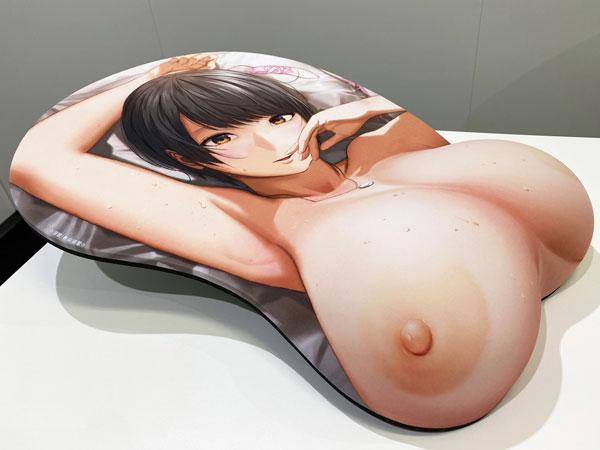 浮気と本気『等身大おっぱいマウスパッド 倉本美佳』グッズ-009